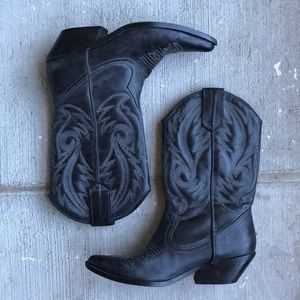 Also Black Cowgirl Boots